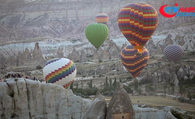Turistler Kapadokya'ya hayran