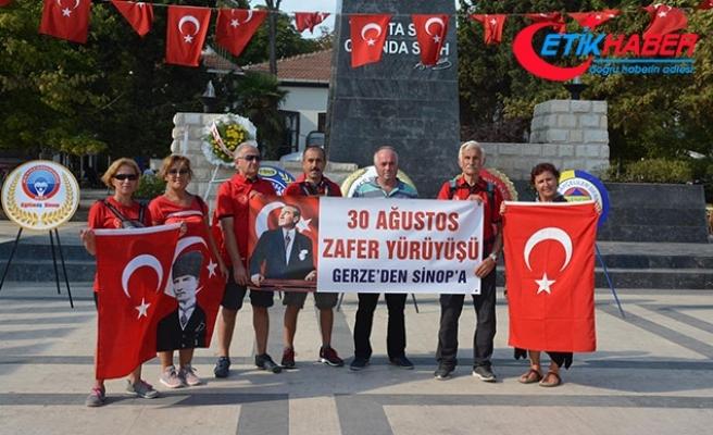 30 Ağustos için 8 saatte 41 kilometre yol yürüdüler