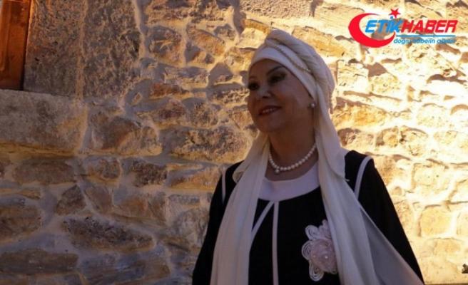 Bedia Akartürk: Türkülerin aslı bozulursa memleketin kokusunu vermez