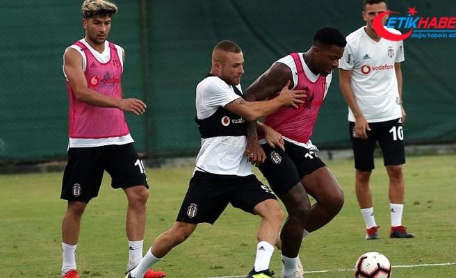 Beşiktaş'ta LASK Linz maçı hazırlıklarını sürdürdü