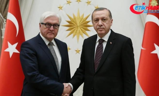 Cumhurbaşkanı Erdoğan ile Steinmeier telefonda görüştü