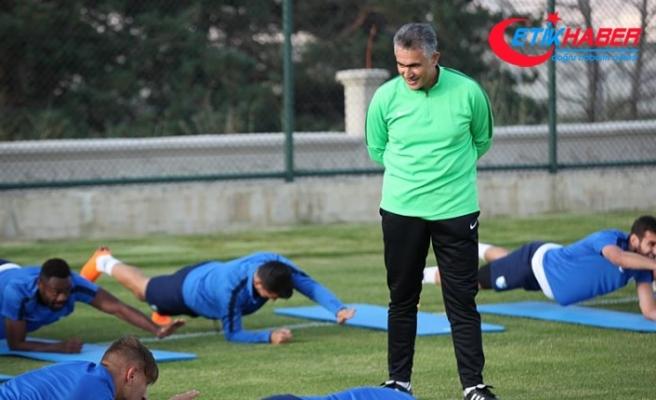 Erzurumspor Teknik Direktörü Altıparmak: Hedefimiz ligi ilk 10 içinde bitirmek