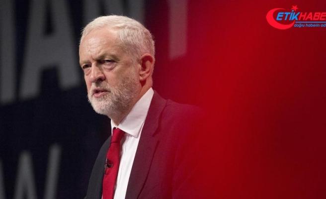 İngiltere'de muhalefet lideri 'Yahudi karşıtlığı' kıskacında