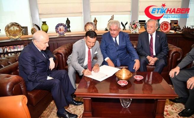 İstanbul Milletvekili Hayati Arkaz MHP'ye katıldı