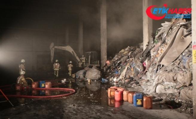 İstanbul'da OSB'de korkutan yangın