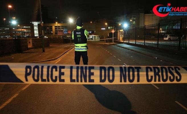 Manchester'da silahlı saldırı: 10 yaralı