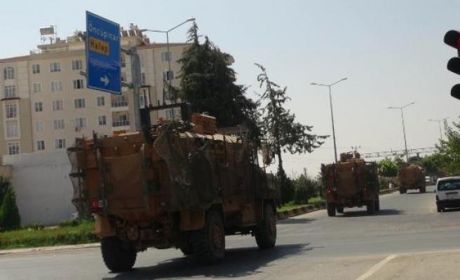 Suriye'ye askeri araç sevkiyatı