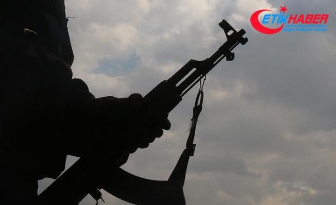 Terör örgütü DEAŞ ile Esed rejimi arasında çatışmalar sürüyor