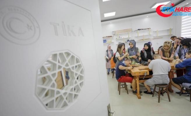 TİKA'nın gönüllü elçilerinden Bosna'daki engellilere destek