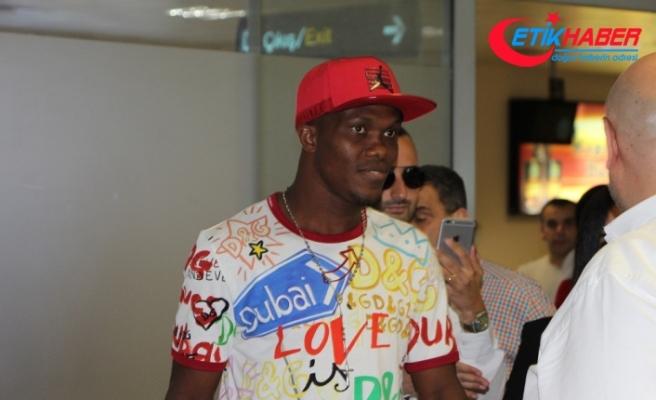 Yeni transfer Nwakaeme Trabzon'a geldi