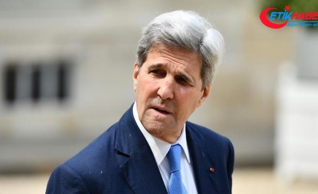 ABD Eski Dışişleri Bakanı Kerry: Trump, ABD halkına yalan söylüyor