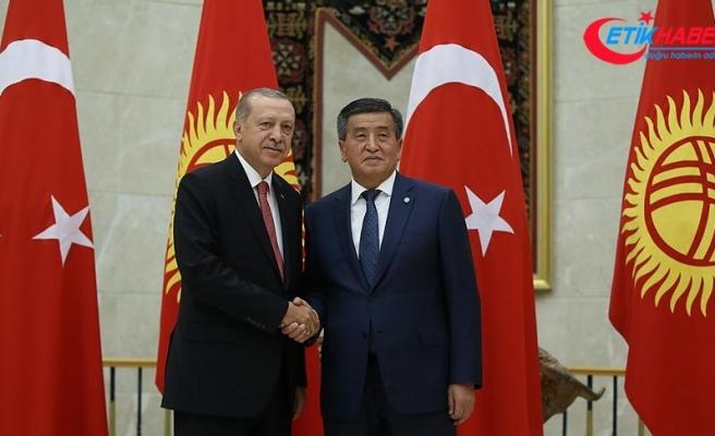 Cumhurbaşkanı Erdoğan, Kırgızistan Cumhurbaşkanı Ceenbekov ile görüştü
