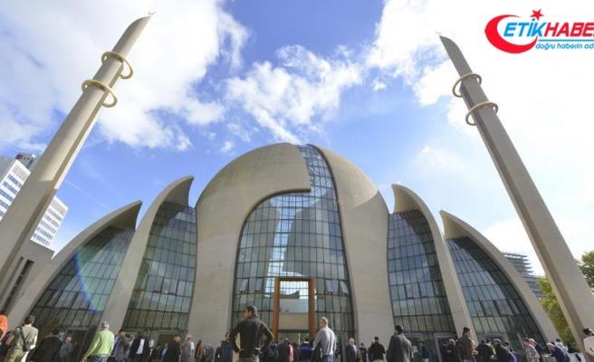 DİTİB Merkez Camisi Köln'ün sembolleri arasına girdi