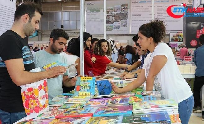 Diyarbakırlılardan kitap fuarına yoğun ilgi