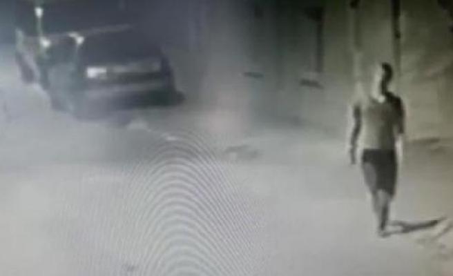 Mahalle halkının kovaladığı hırsız, karakola sığındı