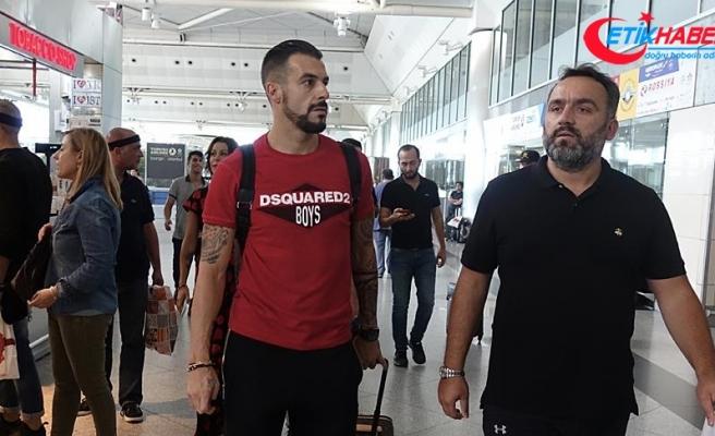 Negredo Beşiktaş'tan ayrılıyor