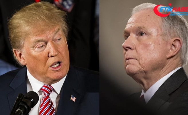 Trump'tan Sessions'a tepki: Benim bir Adalet Bakanım yok