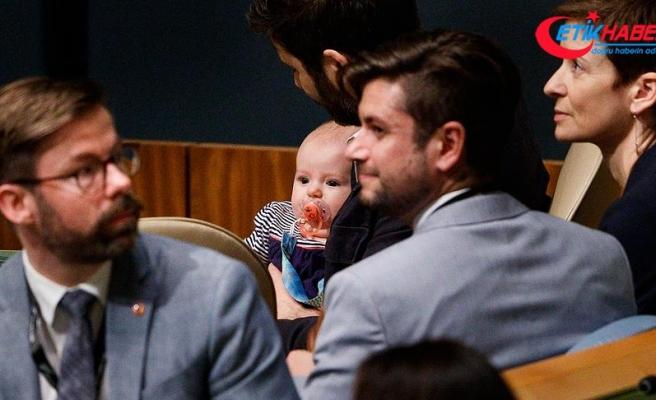 Yeni Zelanda Başbakanı BM'deki zirveye bebeğiyle geldi