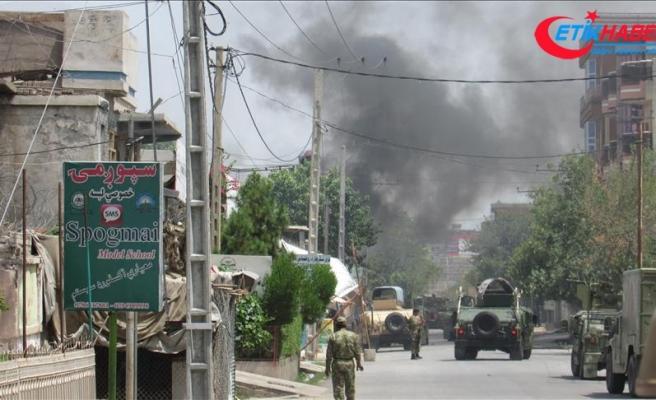 Afganistan'da Taliban askeri üsse saldırdı: 40 güvenlik görevlisi öldü