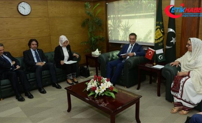 'Ankara ve İslamabad arasındaki stratejik ortaklık gelişmeli'