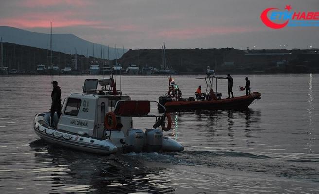 Bodrum açıklarında düzensiz göçmenleri taşıyan tekne battı
