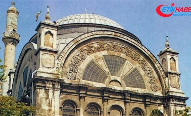 Cihangir Camisi yeniden ibadete açıldı