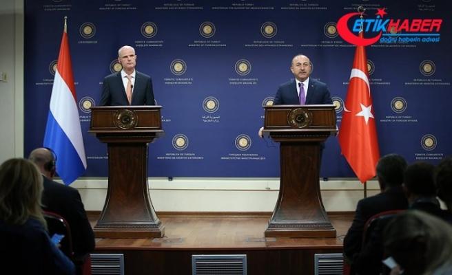 Hollanda Dışişleri Bakanı Blok: Türkiye'de demokrasi Temmuz 2016'da saldırıya uğradı