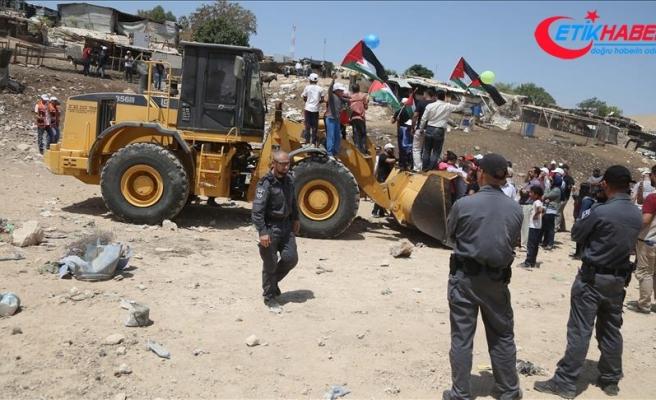 İsrail güçleri, Ağvar'da Filistinlilerin evlerini yıktı
