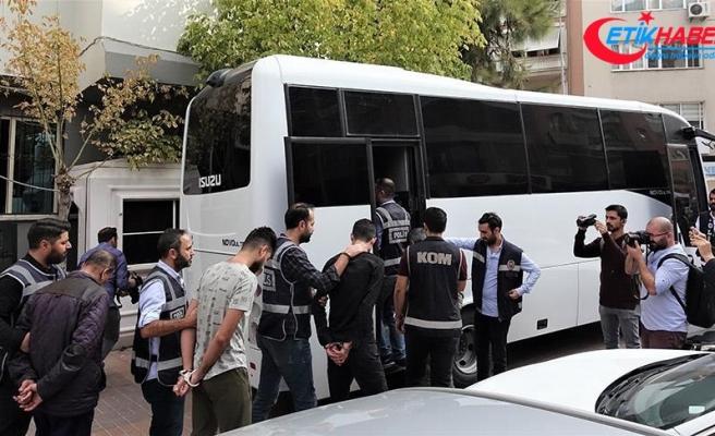 İzmir'deki kazayla ilgili tutuklanan 11 kişinin 3'ü organizatör