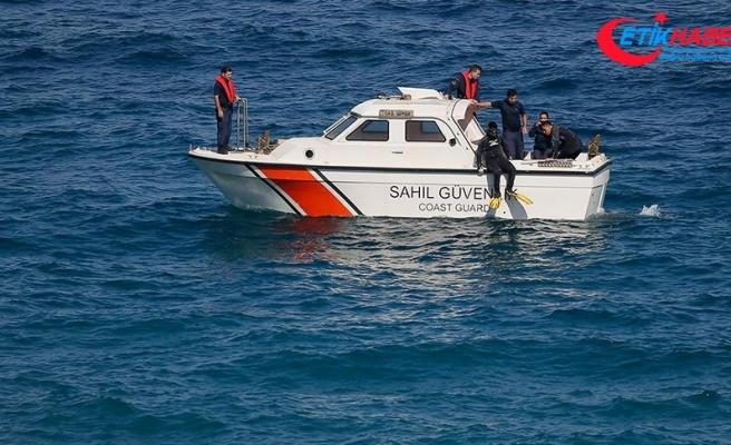 Karaburun'da göçmen teknesinin batmasına ilişkin 4 gözaltı