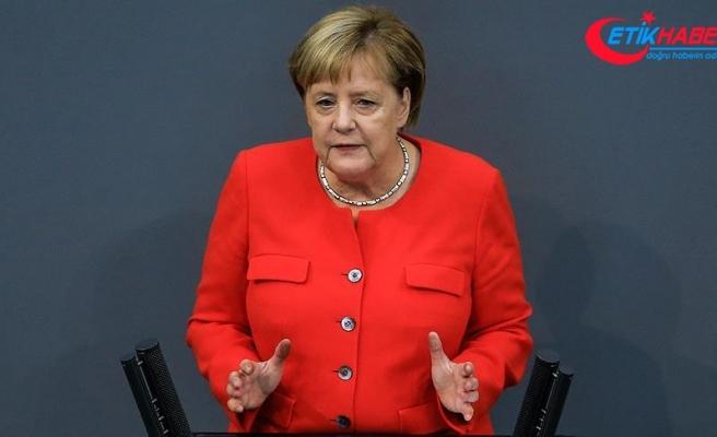 """Merkel'den """"AB Ordusu"""" açıklaması"""