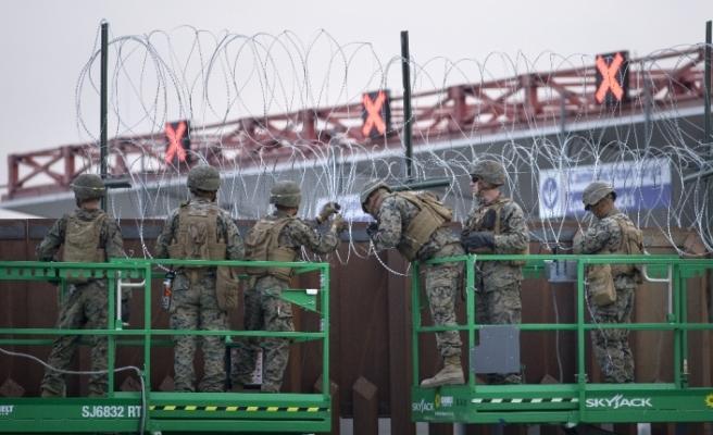 ABD'ye girmek isteyen 69 göçmen gözaltına alındı