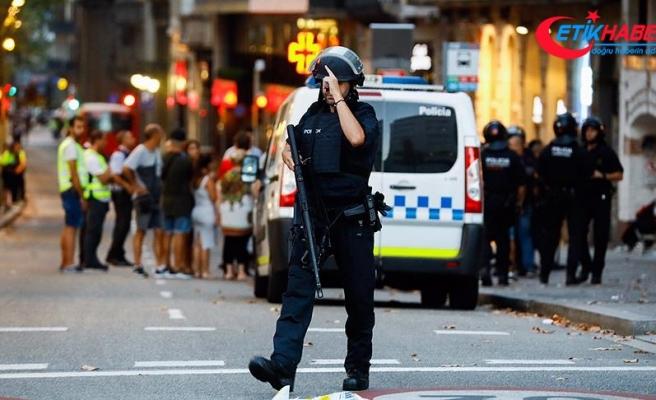 Barselona'da iki trende bomba alarmı