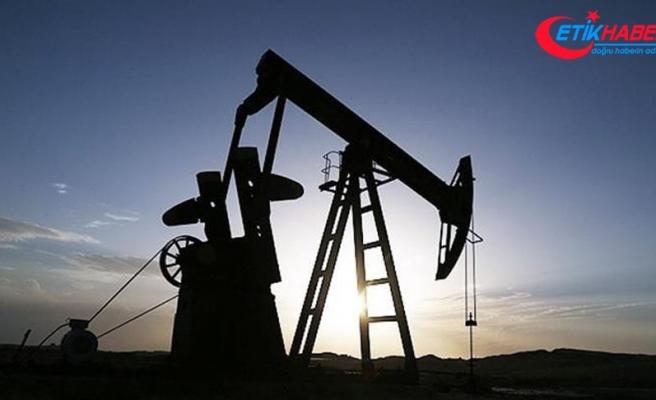 Brent petrolün varil fiyatı 65,18 dolardan işlem görüyor