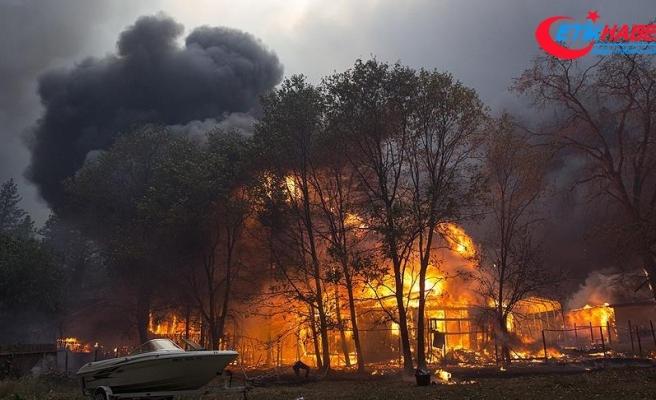 California'daki orman yangını Paradise kasabasını harabeye çevirdi