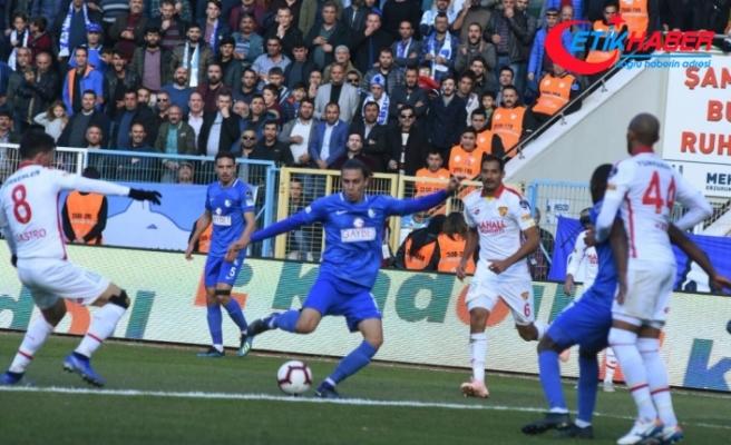 Büyükşehir Belediye Erzurumspor, Göztepe'yi 2-1 Devirdi