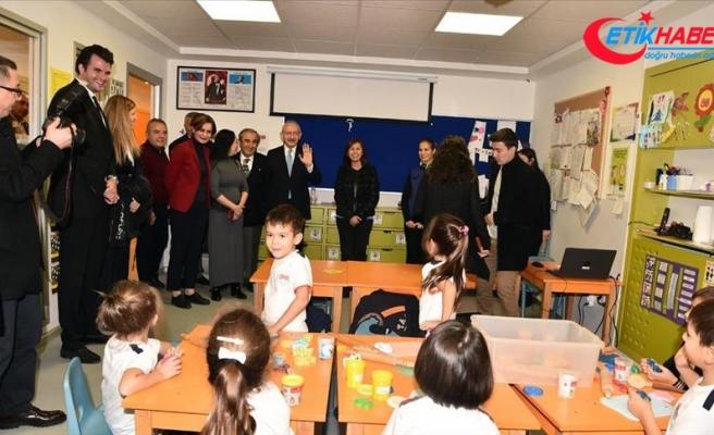 Kılıçdaroğlu, öğrencilerle bir araya geldi