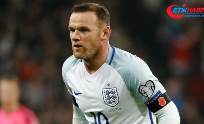 Rooney, Derby County'de futbolcu-antrenör oluyor