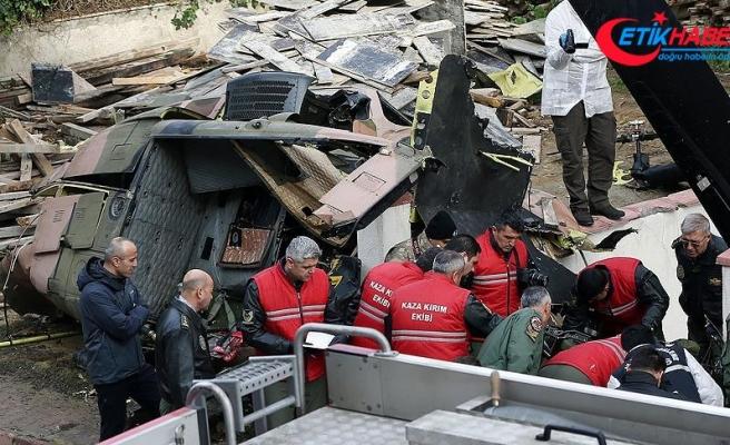 Sancaktepe'de düşen askeri helikopterin enkazı kaldırıldı