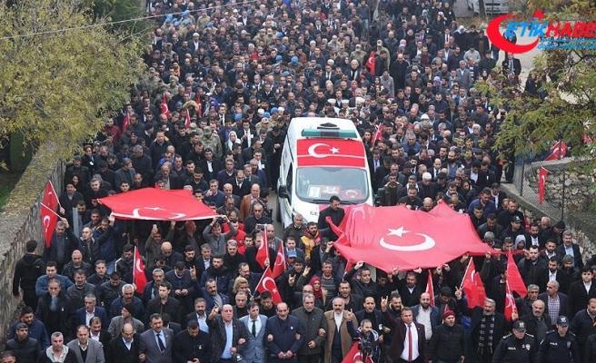 Şehit polis memuru Öztekin son yolculuğuna uğurlandı