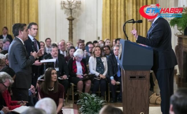 Trump'la tartışan muhabirin Beyaz Saray'a girişi yasaklandı