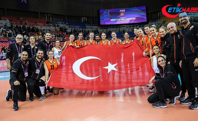 Eczacıbaşı VitrA Kadın Voleybol Takımı dünya üçüncüsü
