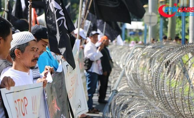 Endonezya'da Çin karşıtı protesto