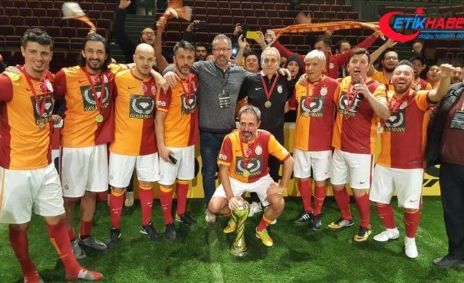 Galatasaraylı veteranlar Almanya'da birinci oldu
