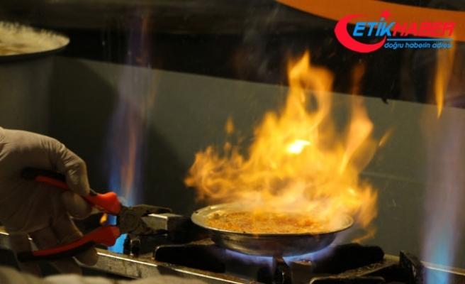 Gaziantep'in meşhur kahvaltısı 'beyran' soğuk algınlığı yaşayanların imdadına yetişiyor