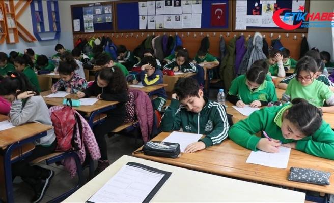 'Gözetimsiz sınav' ile öğrencilerin öz güveni artırılacak