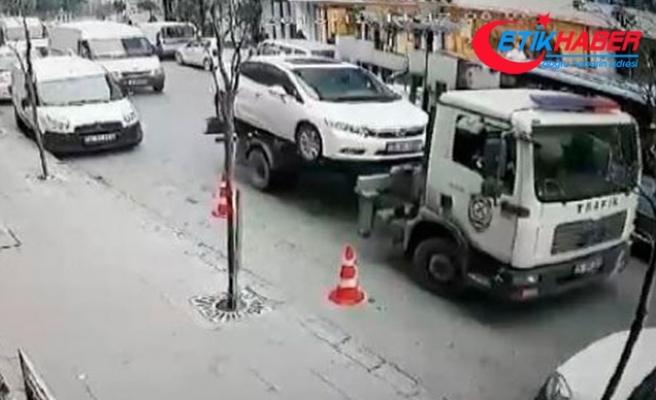 İçinde çocuk varken aracı çeken polise soruşturma