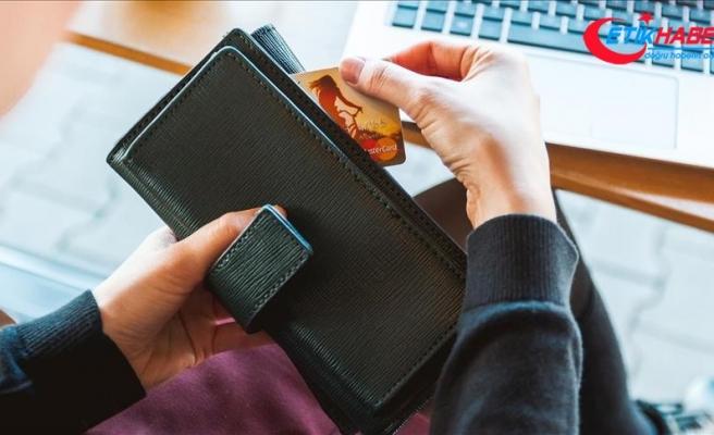 İnternetten kartlı ödemeler kasımda yaklaşık yüzde 50 arttı