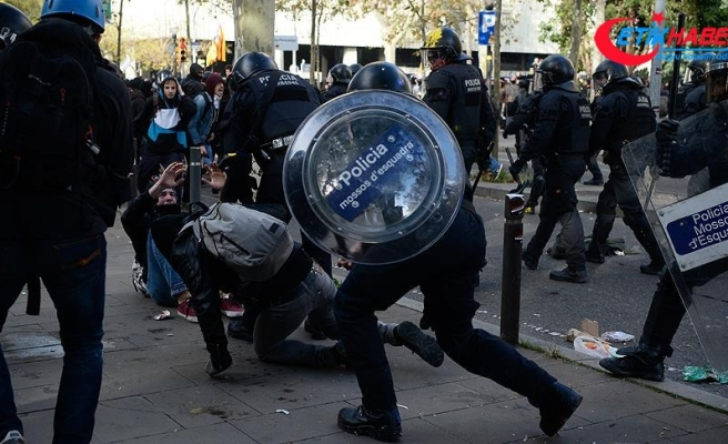 İspanya karşıtı gösteriler Barselona'da hayatı felce uğrattı