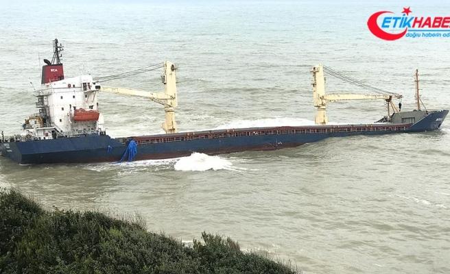 Şile'de karaya oturan kuru yük gemisi halen kurtarılamıyor
